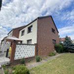 Großzügiges Reihenendhaus mit zwei Garagen in sehr guter Helmstedter Wohnlage