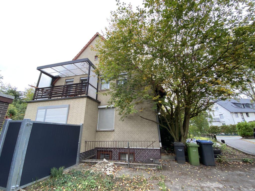 Handwerker aufgepasst: Doppelhaushälfte mit Eigentumsgrundstück in ruhiger Wohnlage