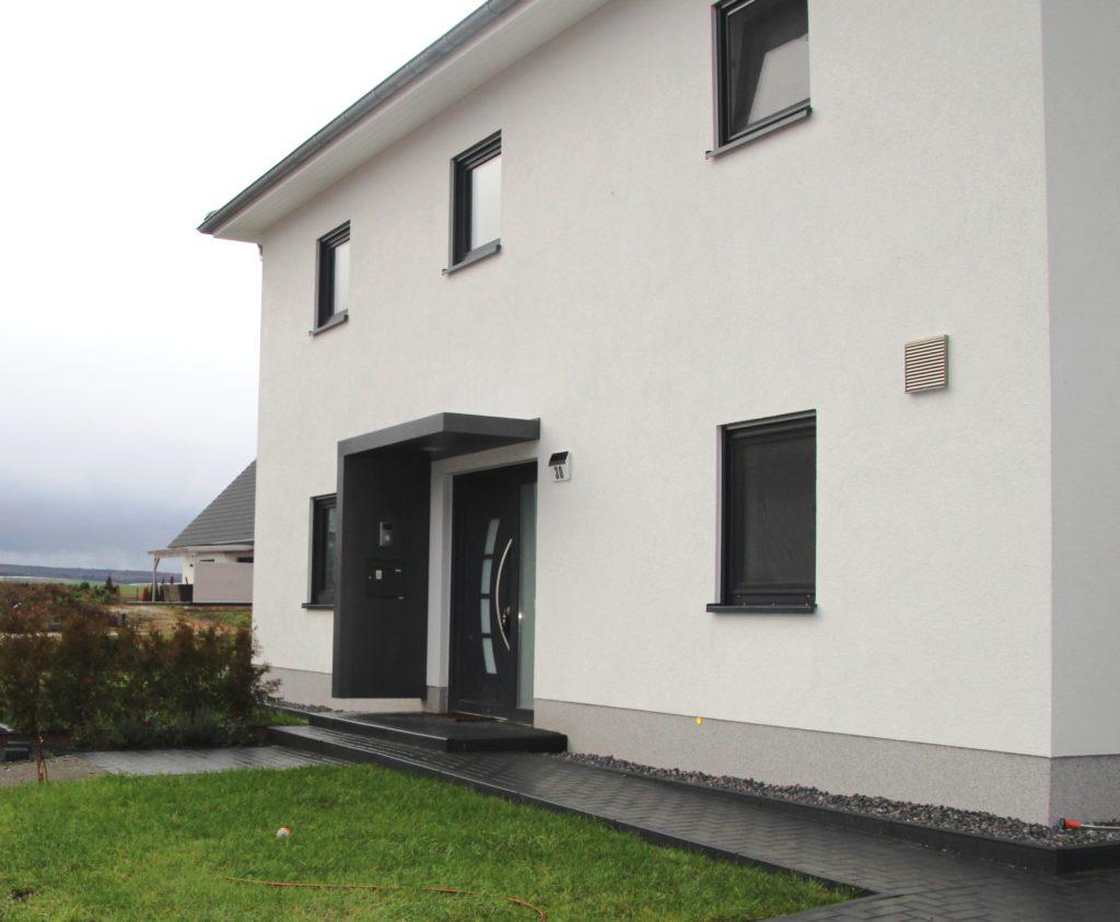 Exklusives, großzügiges Einfamilienhaus (Stadtvilla) in bester Bauausführung – Neubau!