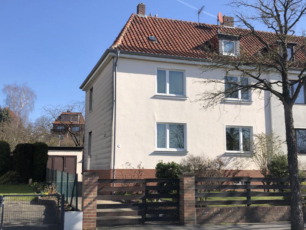 Große Zwei-Familien-Doppelhaushälfte in äußerst beliebter Helmstedter Wohnlage